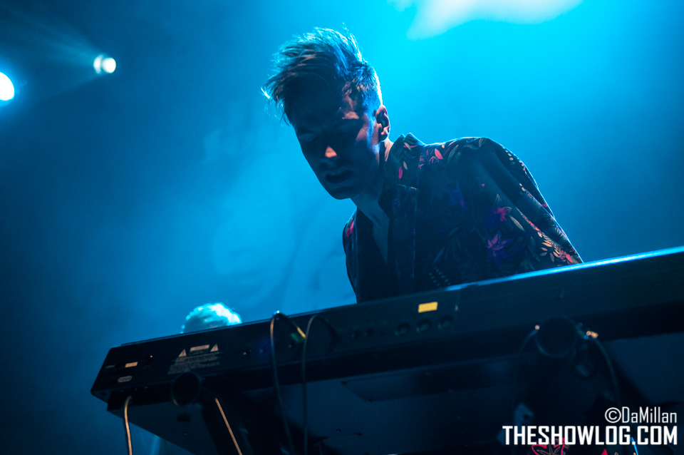 TheShowLog_The_Sounds_140425-103